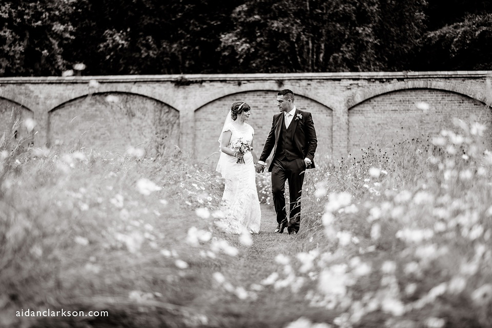 walled-garden-weddings-scrivelsby_0060